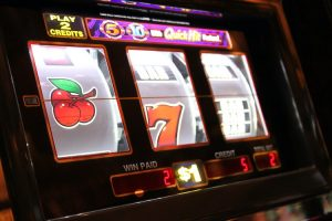 Learn How To Completely Play Slot Gambling